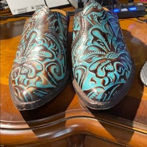 Patricia Nash Turquoise Booties